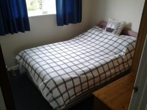 Roslyn Bedroom